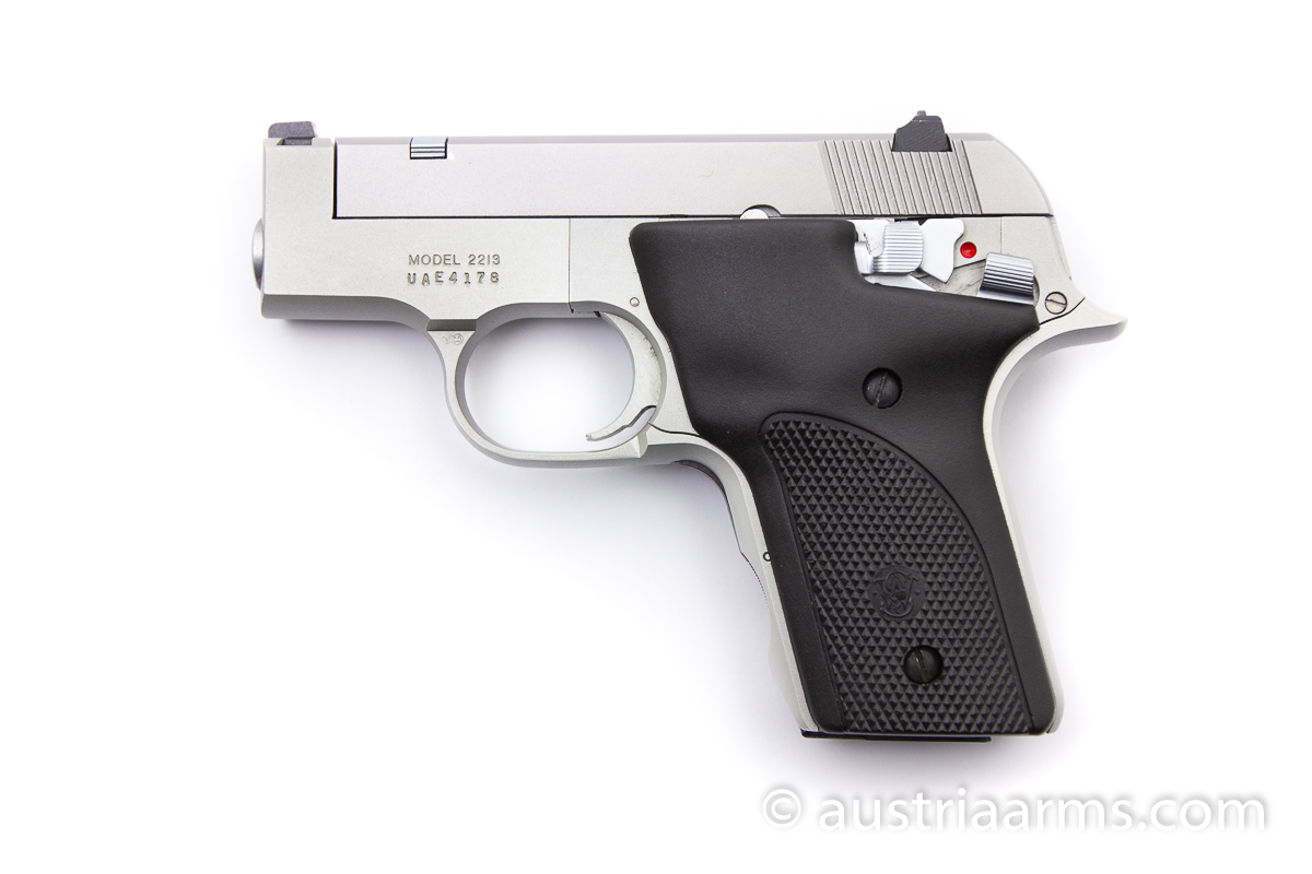 Smith & Wesson 2213, .22 LR - Image 1