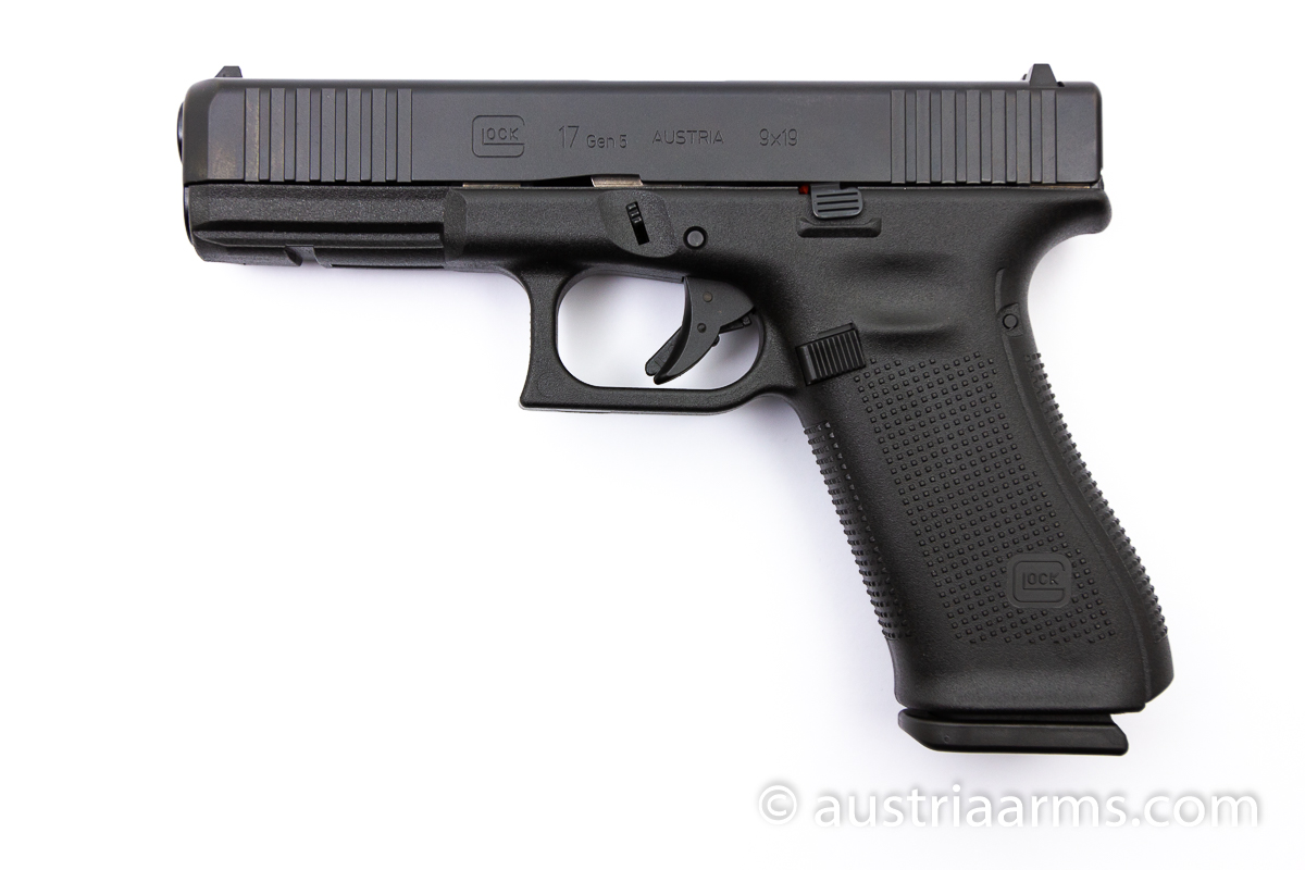 Glock 17 Gen 5 Front Serrations, 9 x 19 mm - Image 1