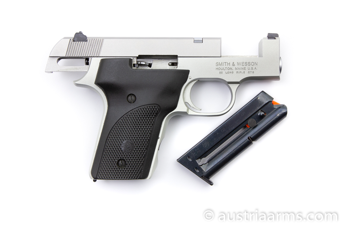 Smith & Wesson 2213, .22 LR - Image 3