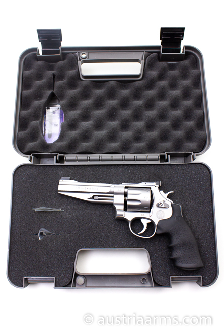 Smith & Wesson 627-5 Pro Series, 8-Shooter, .357 Magnum  - Image 6
